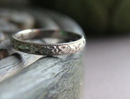 x-sweet-simple-but-nice-wedding-rings